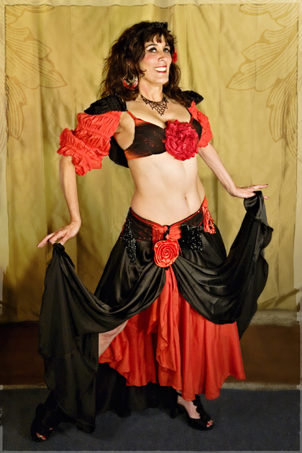 Sacramento Belly Dancer Daleela